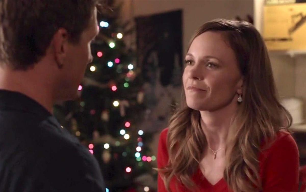 Christmas In Angel Falls Cast.Natale Ad Angel Falls Guida Tv Trama E Cast Tv Sorrisi E