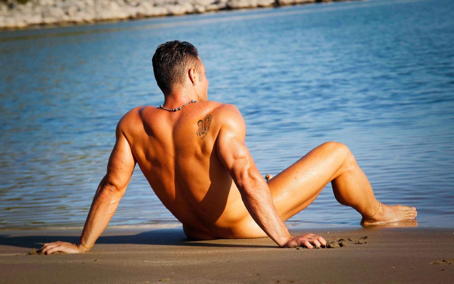 Рассказы секс втроём на пляже, Свингеры рассказы -историй. Читать порно онлайн 22 фотография