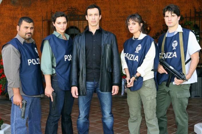 Caccia al Re - La Narcotici: Episodi, Trama e Cast - TV